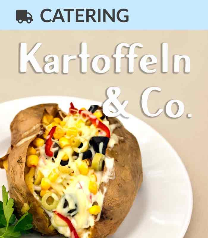 Catering Foodtruck Kartoffeln & Co. mit einer Ofen-Kartoffel im Hintergrund