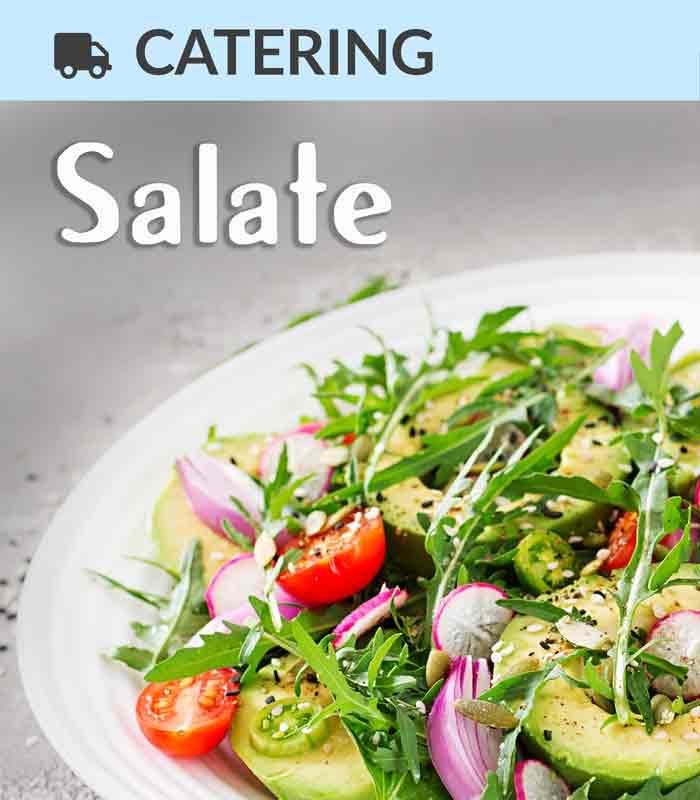 Catering Foodtruck Salate mit einem Rucola Avocado Salat im Hintergrund